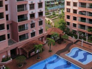QQ Boutique Service Apartment @ Marina Court Resort Condominium Kota Kinabalu - Swimming Pool