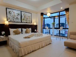 @ White Patong Hotel แอท ไวท์ ป่าตอง โฮเต็ล