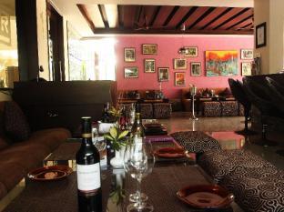 Living Room Hotel North Goa - Bar Lounge
