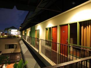 Spazzio Bali Hotel Bali - Hotel Aussenansicht