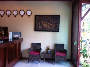 巴東海明威的酒店 布吉 - 接待處