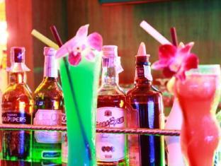 巴東海明威的酒店 布吉 - 餐飲選擇