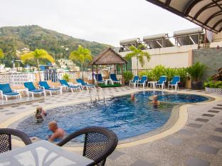 Patong Hemingway's Hotel Phuket - Swimming Pool
