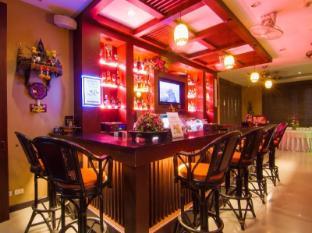 巴東海明威的酒店 布吉 - 餐廳
