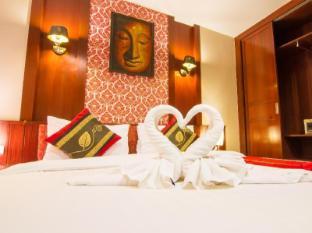 Patong Hemingway's Hotel Phuket - Gæsteværelse