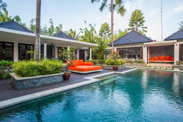3 BR Villa Matha, for group, dream vacation
