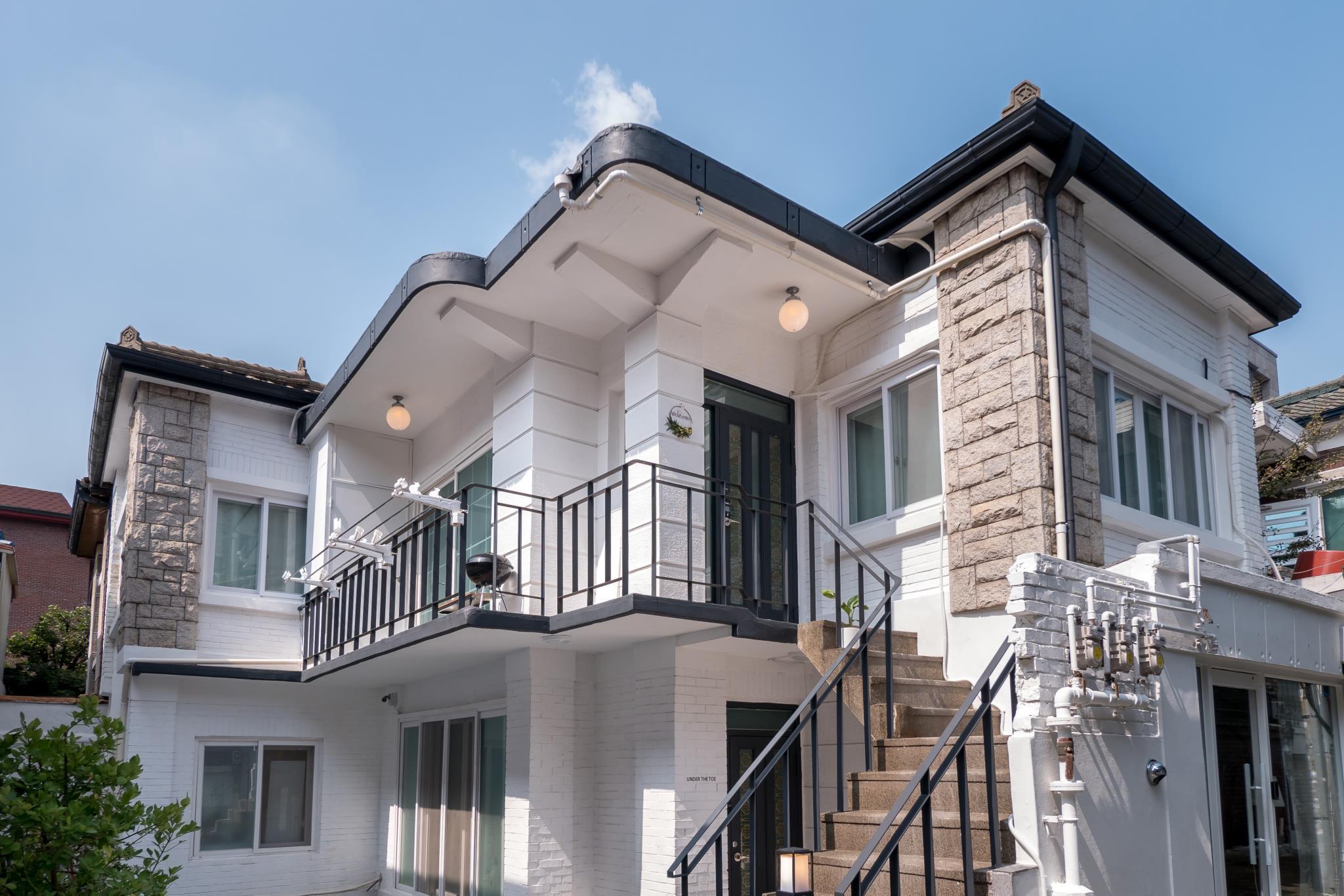 Zibro Y Guesthouse