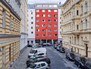 /zh-hk/meininger-hotel-wien-downtown-franz/hotel/vienna-at.html?asq=m%2fbyhfkMbKpCH%2fFCE136qYpe%2bPY5HeTpBNN1JzAjTNIxINBlsBe04IWm%2b8jVtFU1