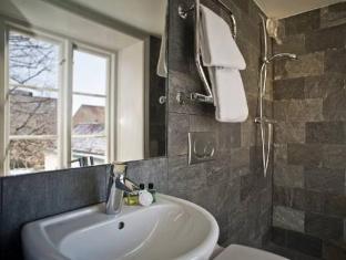 Hotel Hellstens Malmgard Stockholm - Bathroom