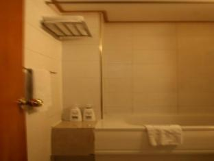 New Regent Hotel Seoul - Bathroom