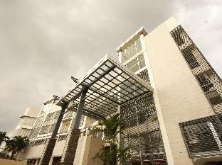picture 3 of The Avenue Plaza Hotel