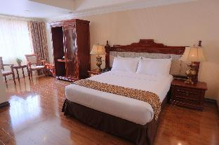 picture 2 of Villa Caceres Hotel