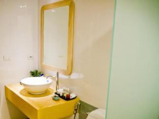 Bussaba Bangkok Suvarnabhumi Airport Hotel Bangkok - Double Superior Bathroom