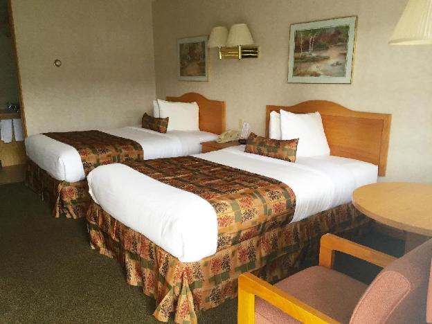 Americas Best Value Inn & Suites Lake George