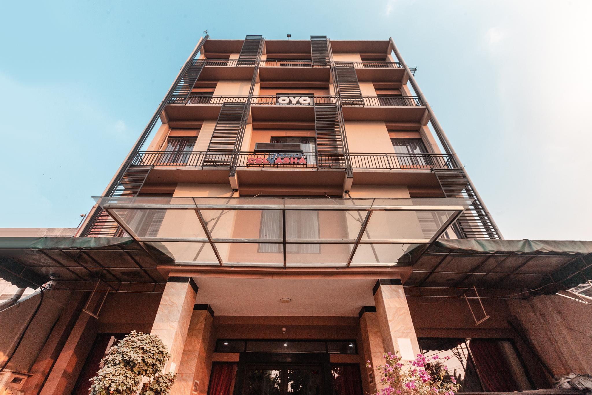 OYO 1737 Hotel Celvasha