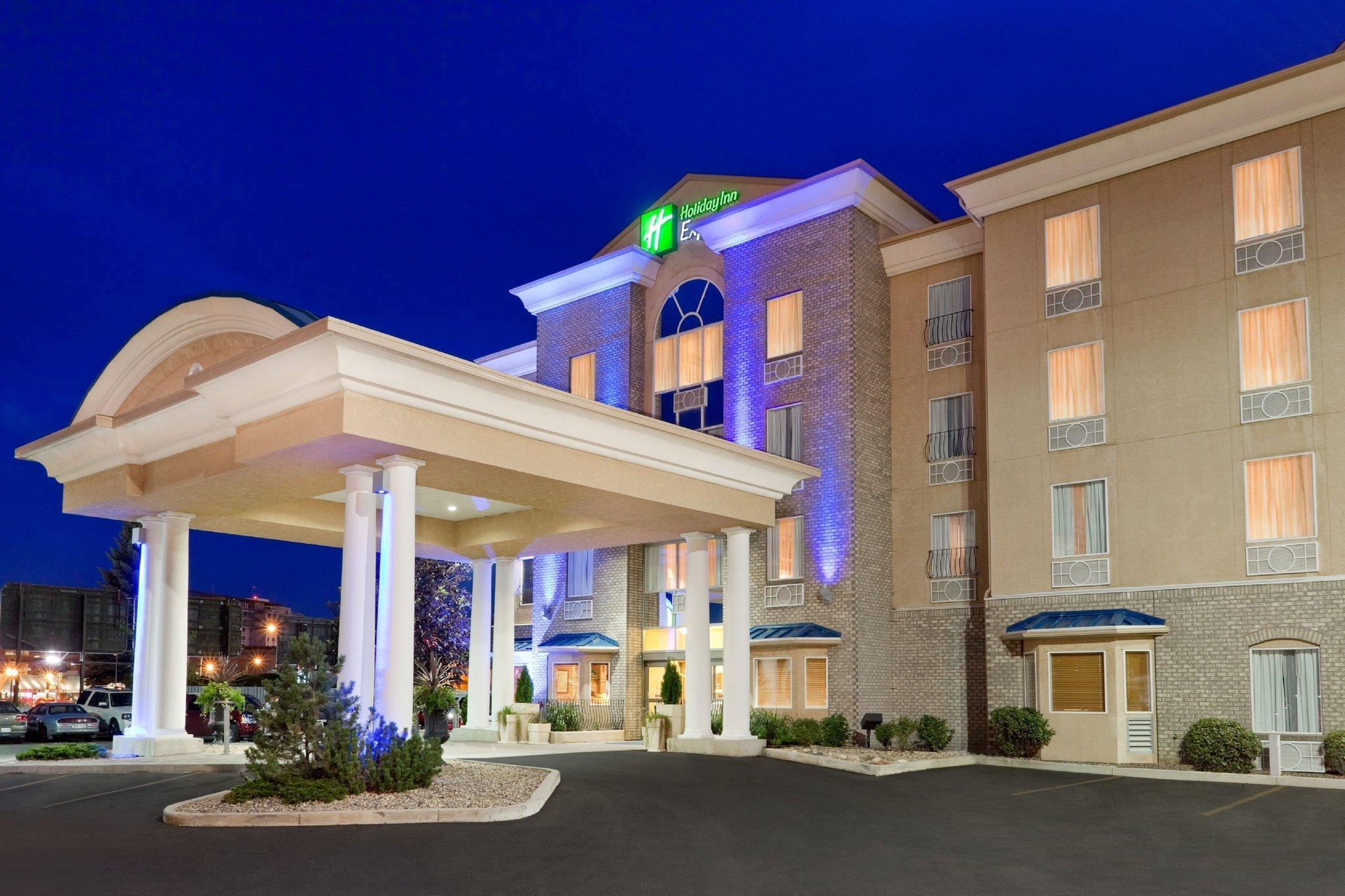 Holiday Inn Express And Suites Saskatoon