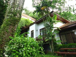 Phuket Nature Home Resort at Naiyang Beach Πουκέτ - Κήπος
