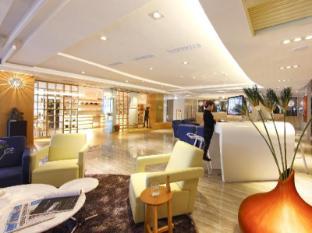 Day Plus Hotel Chiayi - Lobby