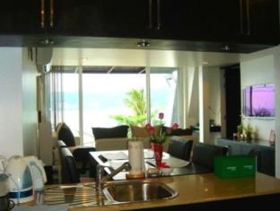 The Front Apartments Phuket - 2 Bedrooms Deluxe-Dining area