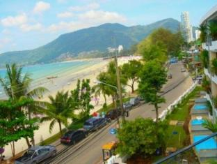 The Front Apartments Phuket - Beach View