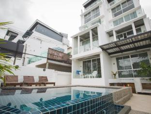 The Front Hotel and Apartments Phuket