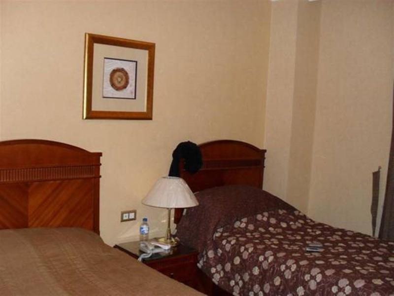 Al Ansar Diamond Hotel