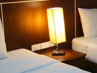 Asialoop Guesthouse Phuket - Economy Twin Beds