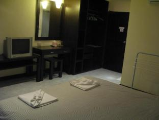 T-Terrace Guesthouse Phuket - Standard Double Bed