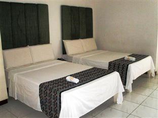 Mira de Polaris Hotel Laoag - Guest Room