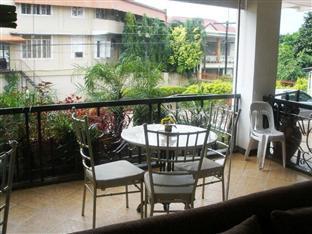 Mira de Polaris Hotel Laoag - Terrace