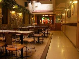 picture 4 of Verbena Hotel
