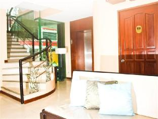 Verbena Capitol Suites Cebu City - Staircase
