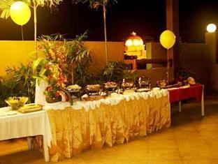 Verbena Capitol Suites Cebu City - Buffet