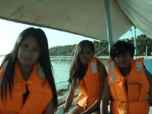White Beach Bungalows Bantayan Island - Boating Tour