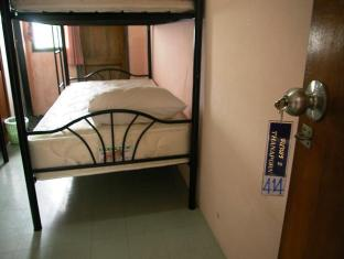 Coolphuket Hostel Phuket - 4 Beds mixed Dormitory with Bathroom