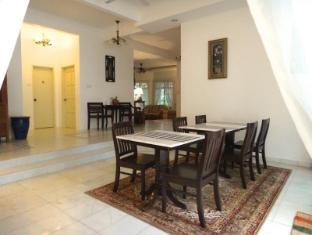 Rumah Putih B & B Kuala Lumpur - Dining Room