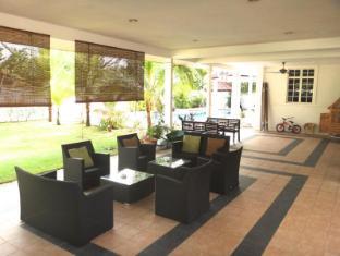 Rumah Putih B & B Kuala Lumpur - Terrace