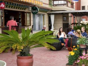 Hotel Tibet Kathmandu - Terrace cafe