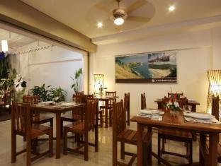 Baan Oui Phuket Guest House Phuket - Nhà hàng