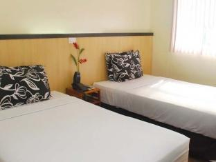 picture 2 of Panda Tea Garden Suites