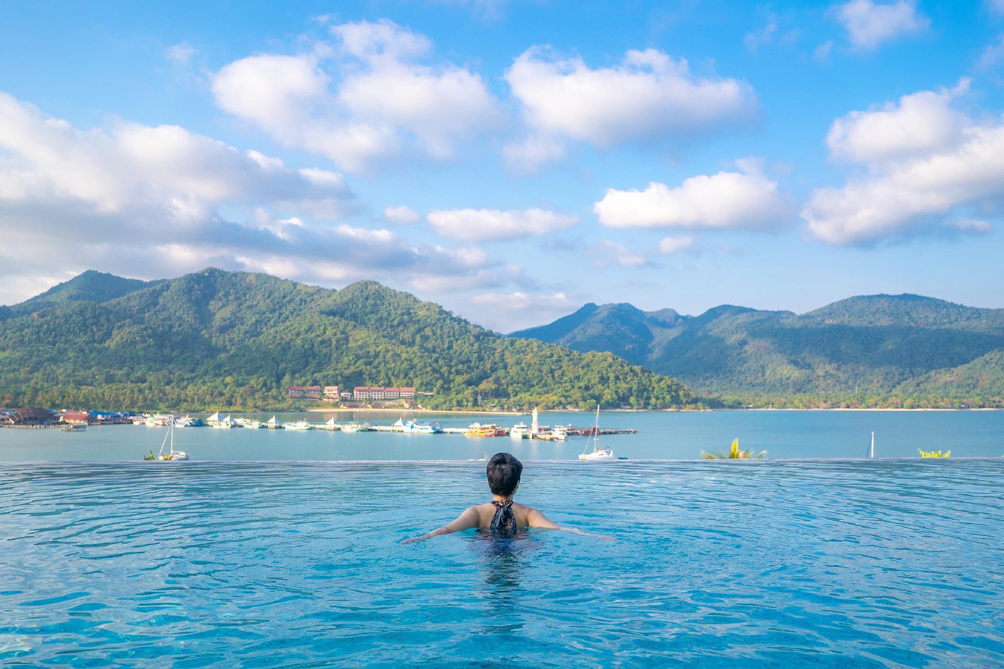 Bhuvarin Resort ภูวาริน รีสอร์ท