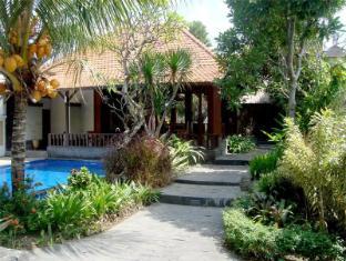 Inata Hotel Monkey Forest Ubud Bali