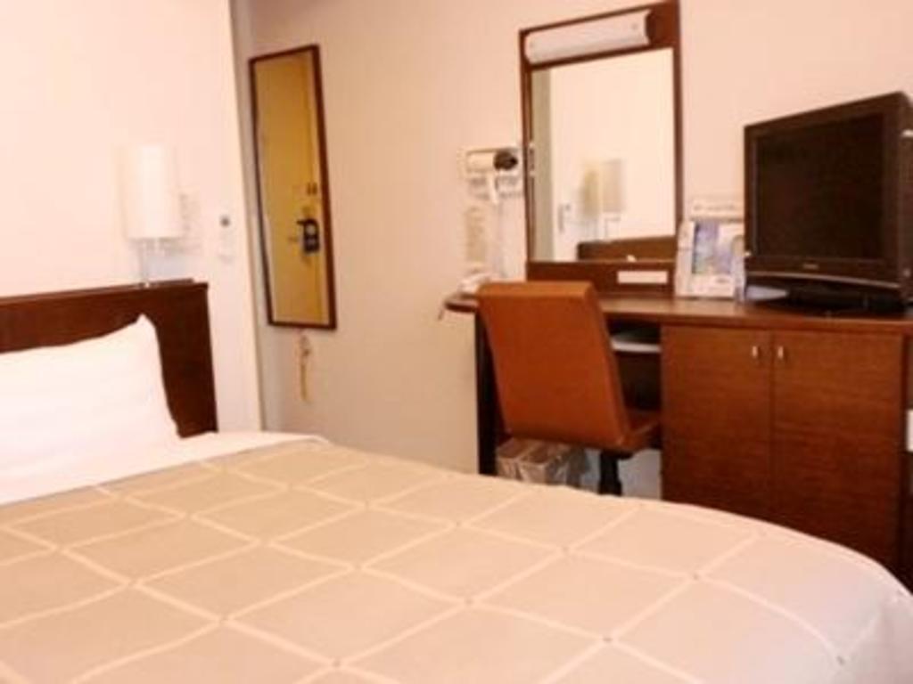 Art hotel color aomori - Hotel Route Inn Aomori Chuo Inter