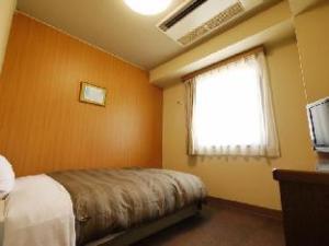 Hotel Route Inn Takasakieki Nishiguchi