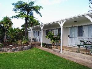 Hibiscus Regal Apartments