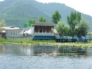 Mughal   E   Azam Houseboat