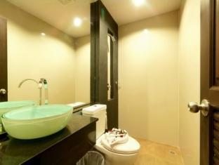 San Sabai Patong Resort Phuket - Superior - Bathroom