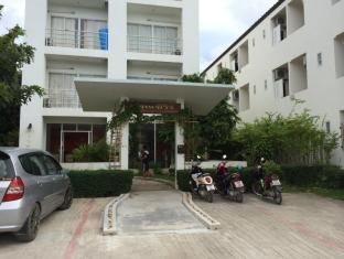 Arun Seaview Apartment Phuket - Entrance