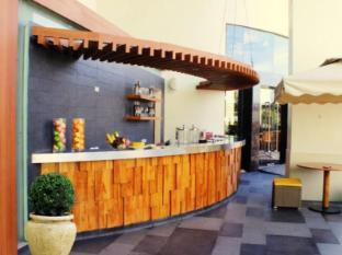 F1 Hotel Manila Manila - Canary Lounge