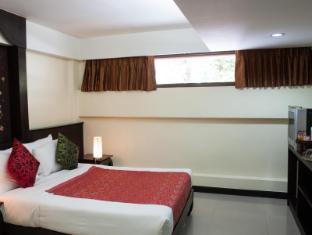 At Phuket Inn Patong Beach Phuket - Bedroom